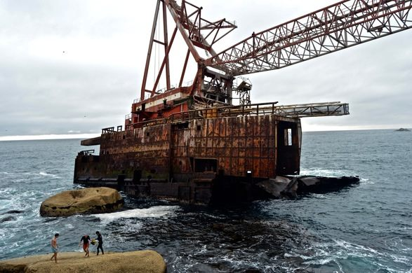 BOS 400 abandoned ships around the world located in South Africa