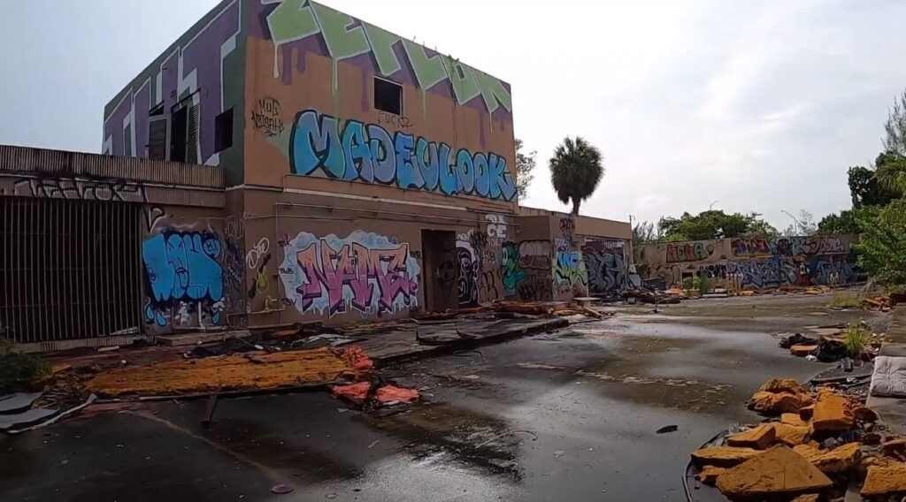 abandoned prison in florida