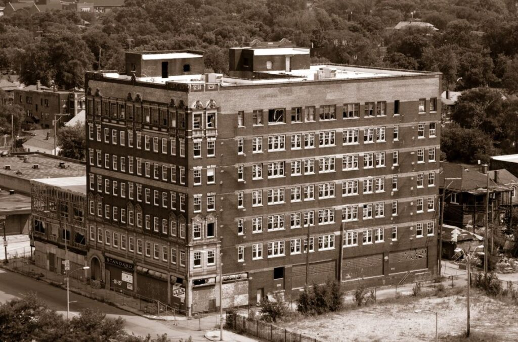 old hotels in Indiana